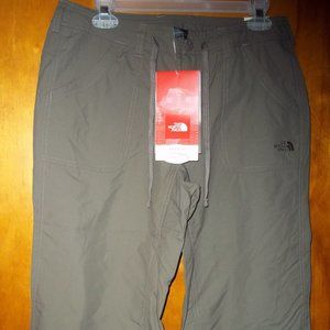 The North Face Horizon II Capri's size 8 relax fit